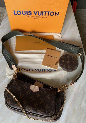 Louis Vuitton Multi Pochette RARE for Sale in Gahanna, OH