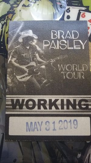 Brad Paisley Working Pass. for Sale in Glendale, AZ