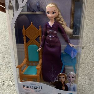 Elsa Frozen Doll - Elsa Throne Set Pajama Dress And Shoes - Brand New - Retails For $25 for Sale in Fort Lauderdale, FL