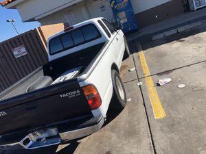 1997 Toyota Tacoma 122,853 miles for Sale in Tucson, AZ
