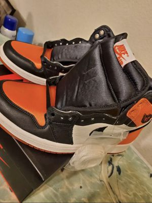 Satin Shattered Backboard Air Jordan 1 High Women size 7 for Sale in Clifton, VA