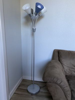 Three setting floor lamp for Sale in Portland, OR