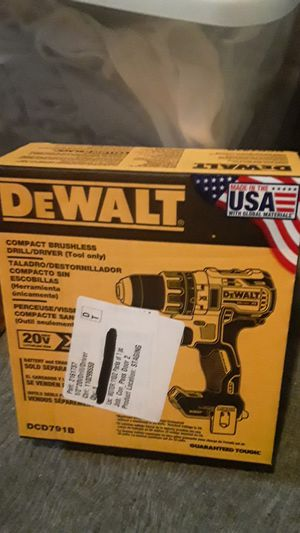 Dewalt brushless drill driver for Sale in Janesville, WI