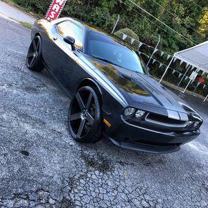 13 Dodge Challenger on 28 inch DUBs for Sale in Atlanta, GA