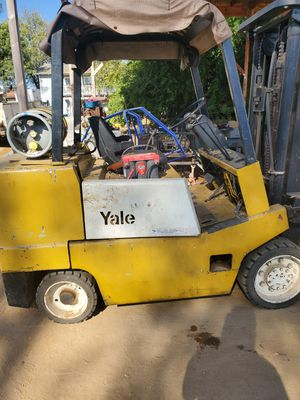 Yale 8000 pound forklift for Sale in Ramona, CA