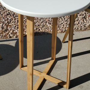 New Wood End Table for Sale in Goodyear, AZ