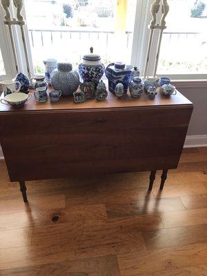 ANTIQUE DROP LEAF TABLE for Sale in Clemson, SC