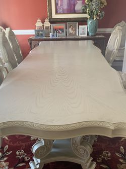 Antique white Table only for Sale in Hanover,  MD