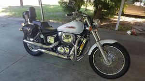 Honda Shadow, 750 cc, 2001, only 21,490 miles. for Sale in Bradenton, FL