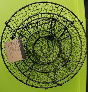 3 tier hanging basket for Sale in Appleton, WI