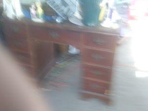Antique desk for Sale in San Antonio, TX