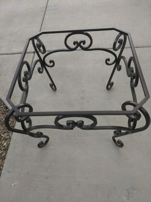 BEAUTIFUL FORGE WROUGHT IRON TABLE for Sale in Gilbert, AZ