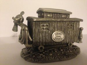 Mickey Mouse Headn' Home for Sale in Garden Grove, CA