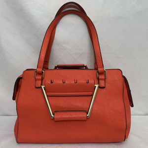 Sondra Roberts Handbag - Satchel bag in LIKE NEW Condition ! for Sale in Vancouver, WA