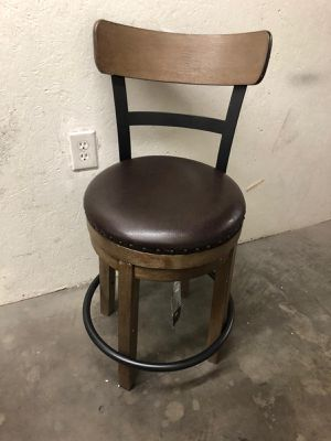 Set of two signature by Ashley barstools $85 each for Sale in Las Vegas, NV