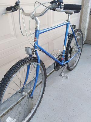 Schwinn probe sEries outdoor MOUNTAIN bIKe MUST see $85 for Sale in Avondale, AZ