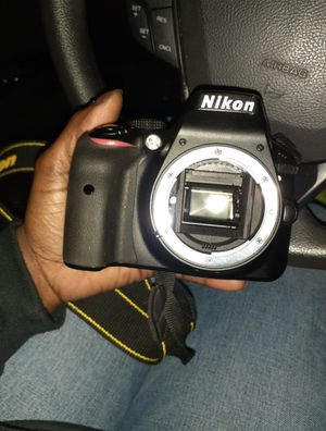 Nikon D3000 10.2MP Digital SLR Camera for Sale in Norfolk, VA