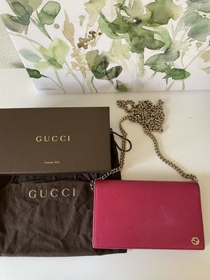 Classic Gucci Crossbody Bag for Sale in Tukwila, WA