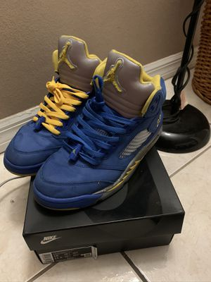 Air Jordan retro 5s for Sale in Kissimmee, FL