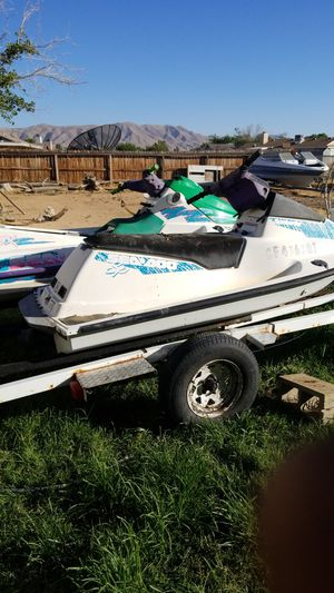 Seadoo jet ski 580cc (GREEN NOT FOR SALE) for Sale in Fontana, CA