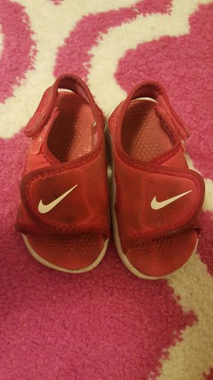Toddler 4 nike for Sale in York, PA