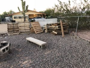 Pallets / firewood for Sale in Fort McDowell, AZ