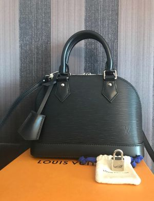 LOUIS VUITTON NEW AND AUTHENTIC for Sale in San Antonio, TX