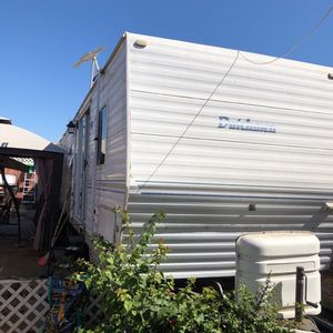 "2001 26 FB Dutch Trailer ""must Be Moved"" for Sale in Chula Vista, CA"