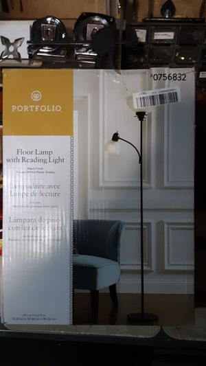 Floor lamp /Reading Light for Sale in Bakersfield, CA