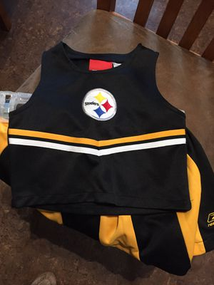GIRLS REEBOK STEELERS SKIRTS (2)& SLEEVLESS TOP SIZE 4/5 for Sale in Greensburg, PA