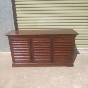 TV Stand / Storage Cabinet I'm really great condition overall n for Sale in Austin, TX