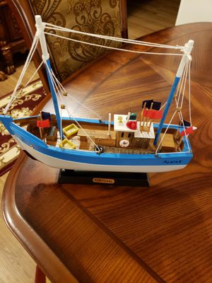Miniature wood boat. for Sale in Dartmouth, MA