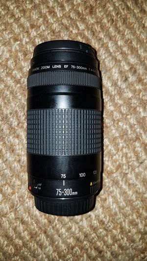 Canon Rebel 75-300mm lense for Sale in Menifee, CA