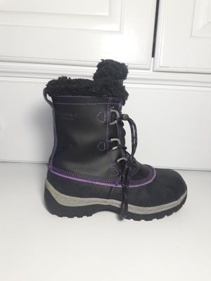 Bearpaw Snow Boots Black Kids Size 13 for Sale in Arlington Heights, IL