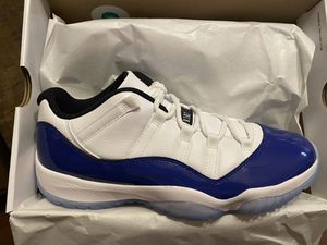 Women's Jordan 11 Low Concord Size 12 for Sale in Fresno, CA
