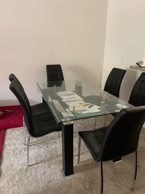 Dining Table for 6 for Sale in Irvine, CA
