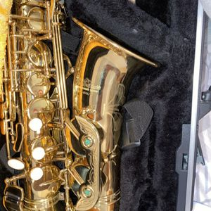 Jean Baptize Saxophone for Sale in Brooklyn, NY