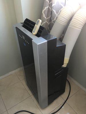 Portable Air Conditioner / Aire Acondicionado Portátil for Sale in Miami, FL
