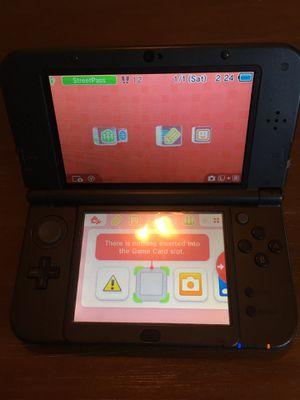 Nintendo 3ds xl grey for Sale in Visalia, CA