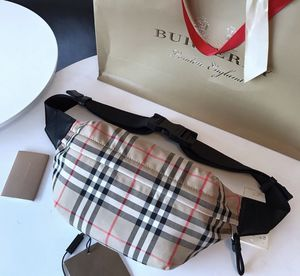 Burberry phany pack for Sale in Miami, FL