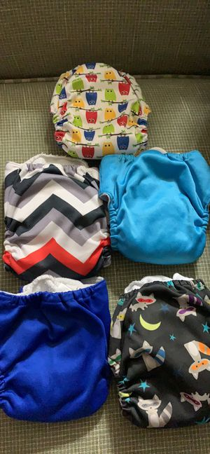 Newborn cloth diapers for Sale in Colorado Springs, CO