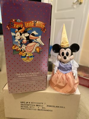 Minnie Collectible Brave Little Tailor Musical porcelain doll for Sale in Bethesda, MD