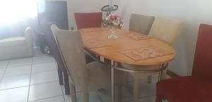 Dinning table 6 chair. for Sale in Kissimmee, FL