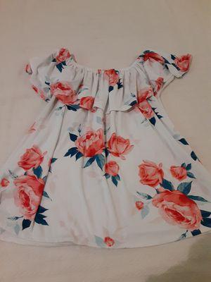 Women blouse side L. Blusa para mujer talla Grande for Sale in Fresno, CA