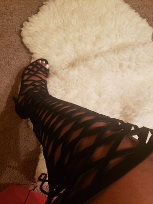 Charlotte russe black knee high heel boots for Sale in Hazelwood, MO