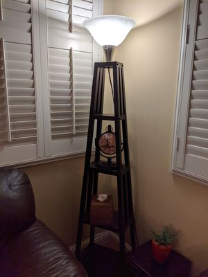 Floor lamp (4 tiers) for Sale in Chino, CA