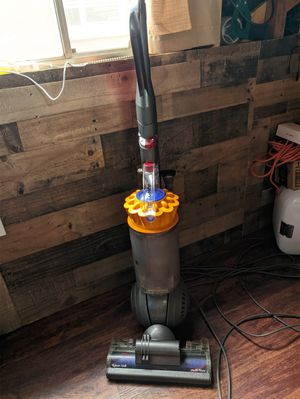 Dyson ball multifloor vacuum cleaner for Sale in San Diego, CA