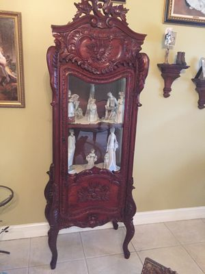Antique Armoire ( beautiful detailed wood) . A Must See !!! for Sale in Miami, FL
