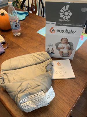 Ergobaby Infant Insert for Baby Carrier (original/360) for Sale in Virginia Beach, VA