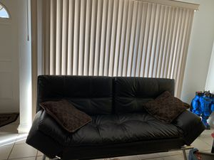 Leather couch for Sale in Concord, CA